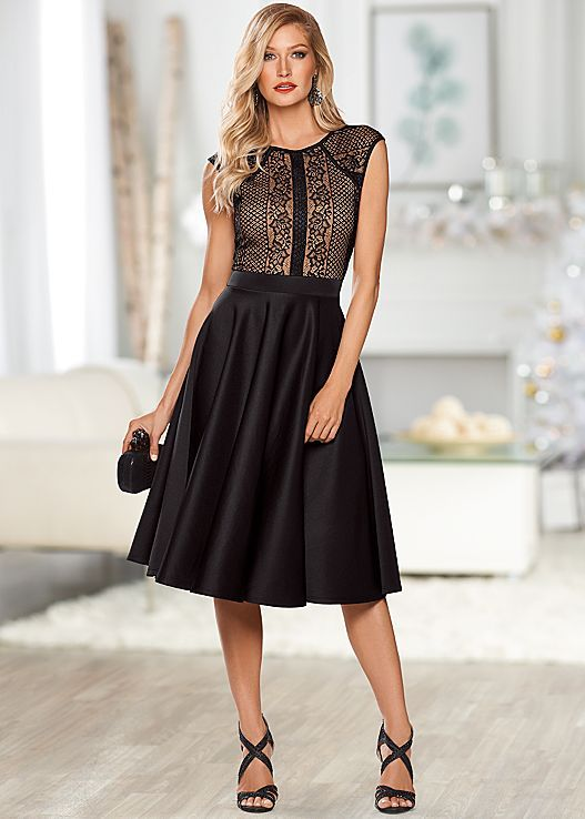 Venus long lace dress