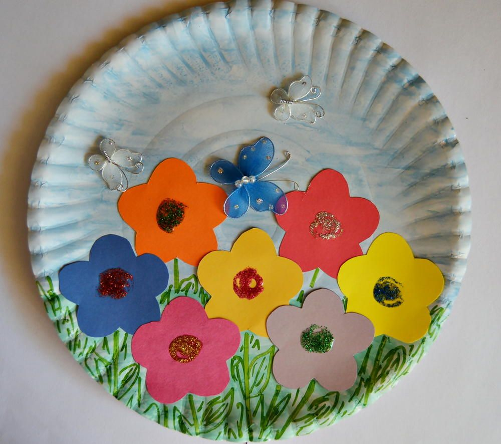 Paper plate spring garden paper plate crafts learning for Pinterest bastelideen