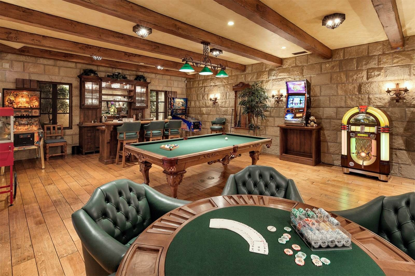 poker table juke box pinball machine pool table and. Black Bedroom Furniture Sets. Home Design Ideas