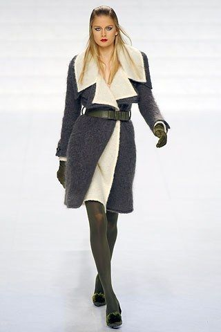 Valentino Fall 2006 Ready-to-Wear Collection Photos - Vogue