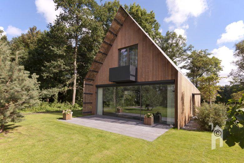 Moderne houten woning in het bos modernewoning houtenwon