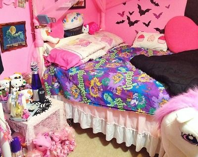Pin By Princess Togepi On Pics Pastel Home Decor Goth Bedroom Pastel House