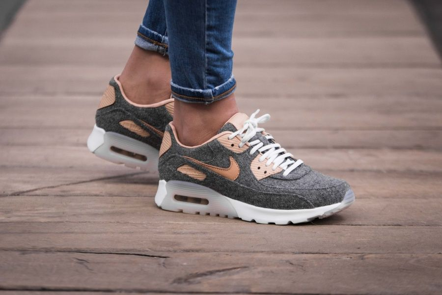 Nike - WMNS Air Max 90 Ultra Premium (grey / beige) - 859522 ...