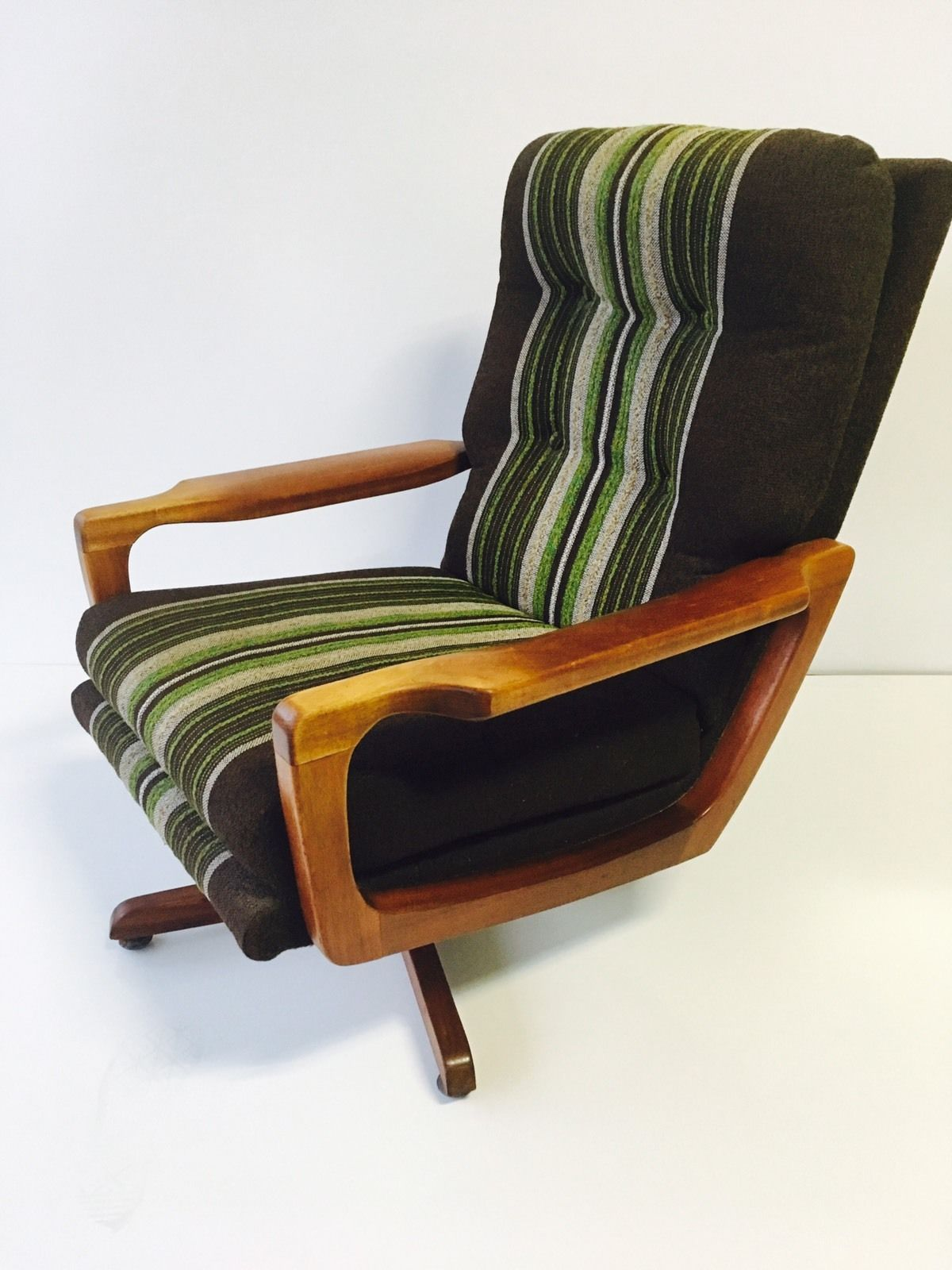 Excellent Mid Century Modern Vintage Retro Armchair Parker Tessa Bralicious Painted Fabric Chair Ideas Braliciousco