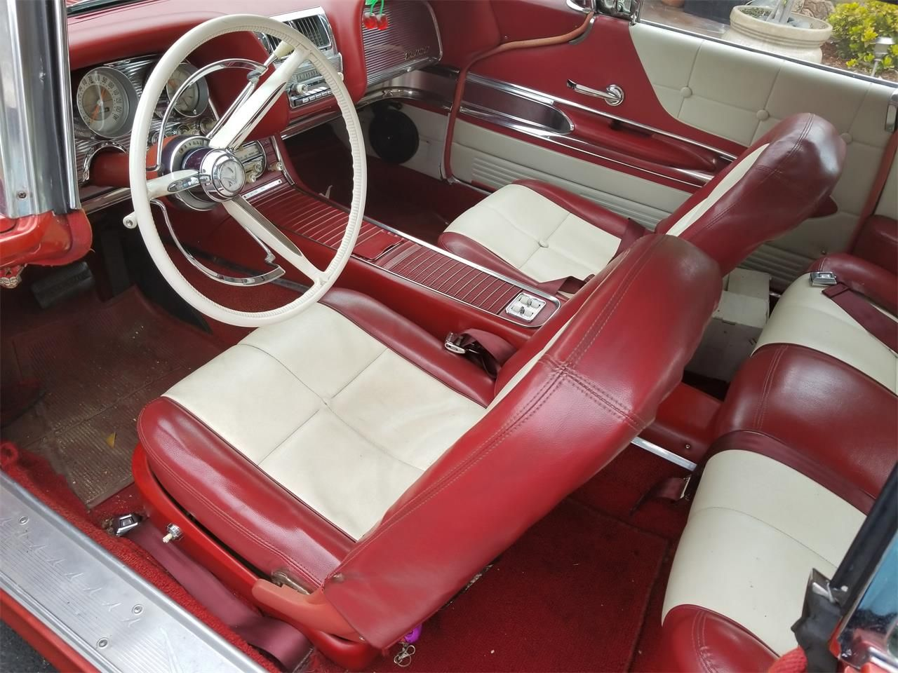 1960 Thunderbird Interior 2 Tone Vinyl With A C Power Brakes Power Windows Kick Panel Speakers Are Aftermarket Add Ons In 2020 Thunderbird Ford Thunderbird Ford