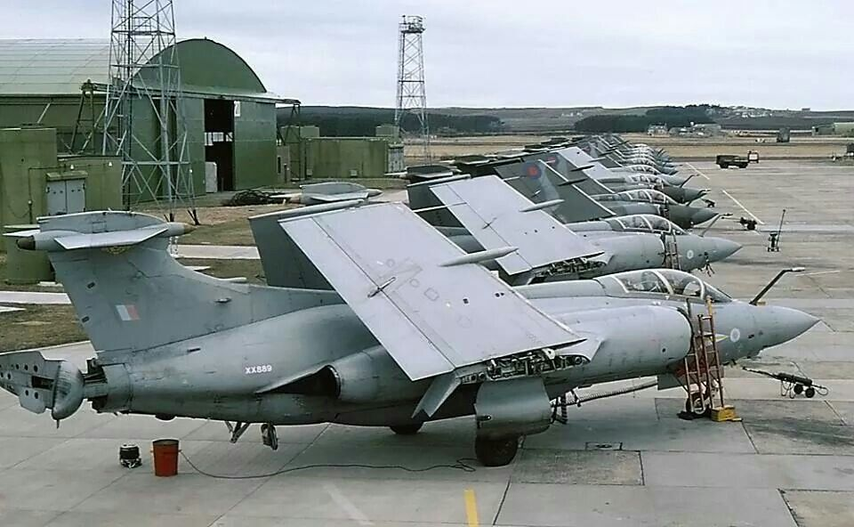 "Blackburn ""Buccaneers"" line up at Lossiemouth 1994, the day they stopped."