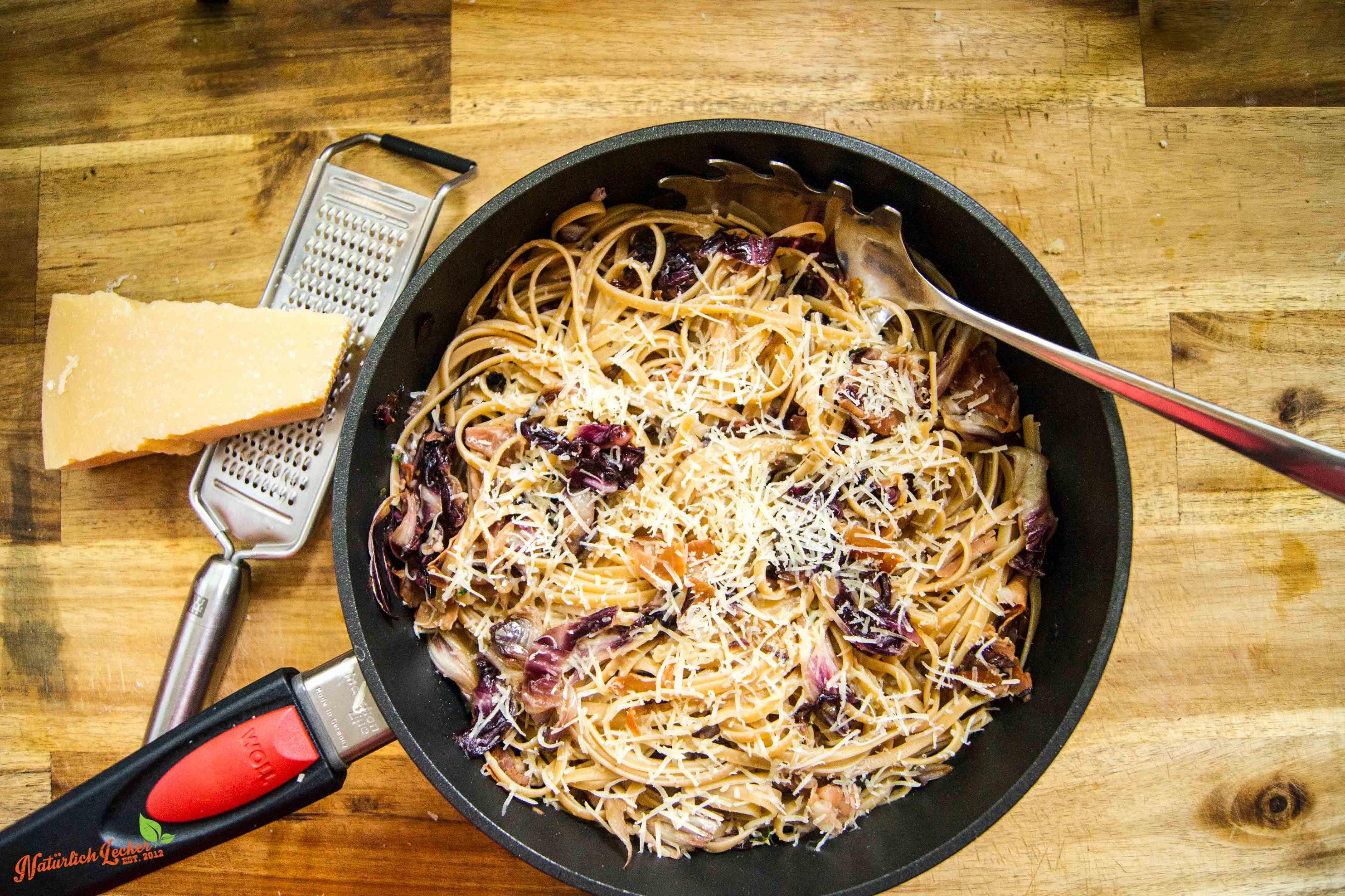 Pasta Radicchio und Prosciutto