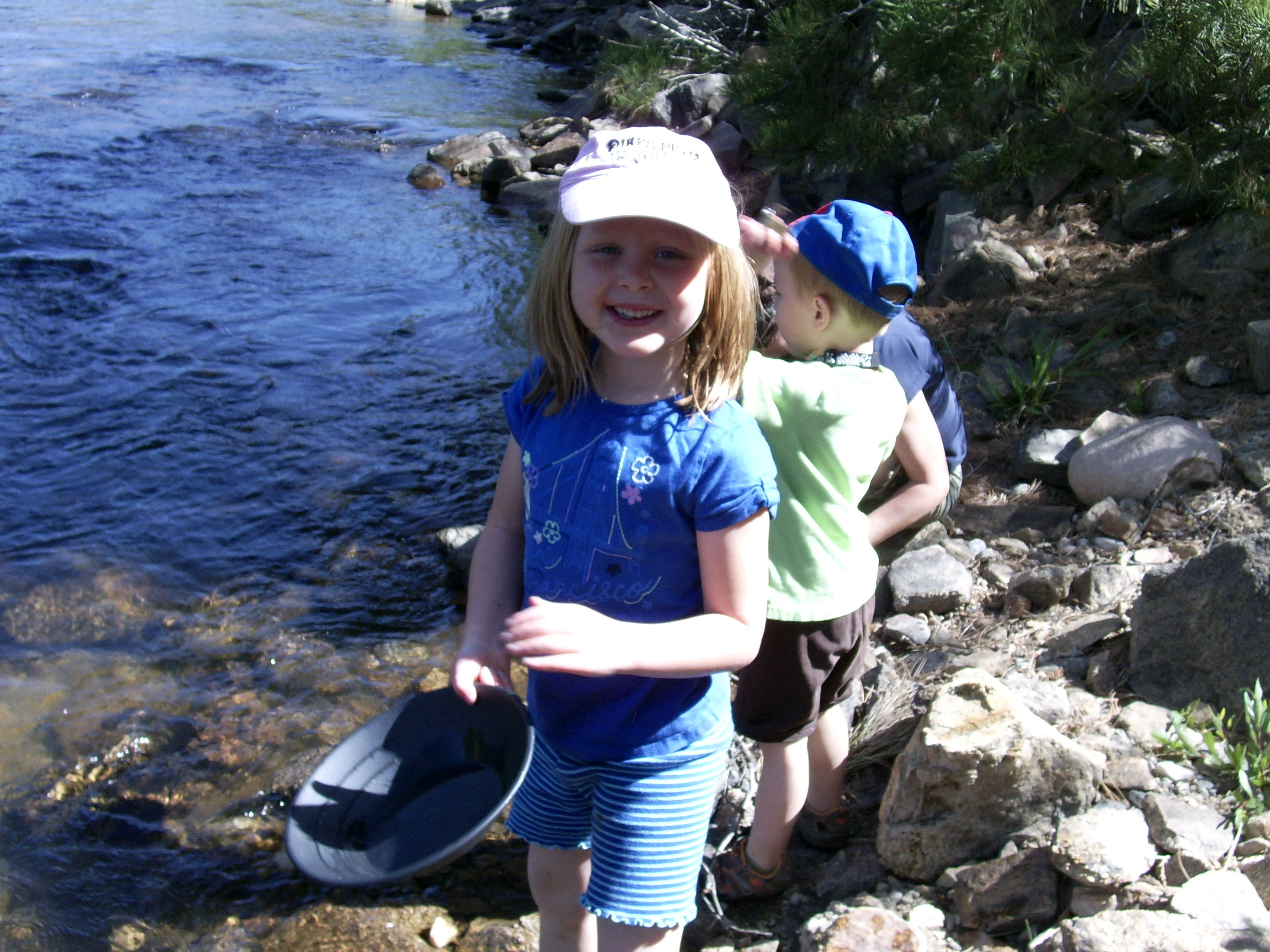 Gold panning along the arkansas river panning for gold