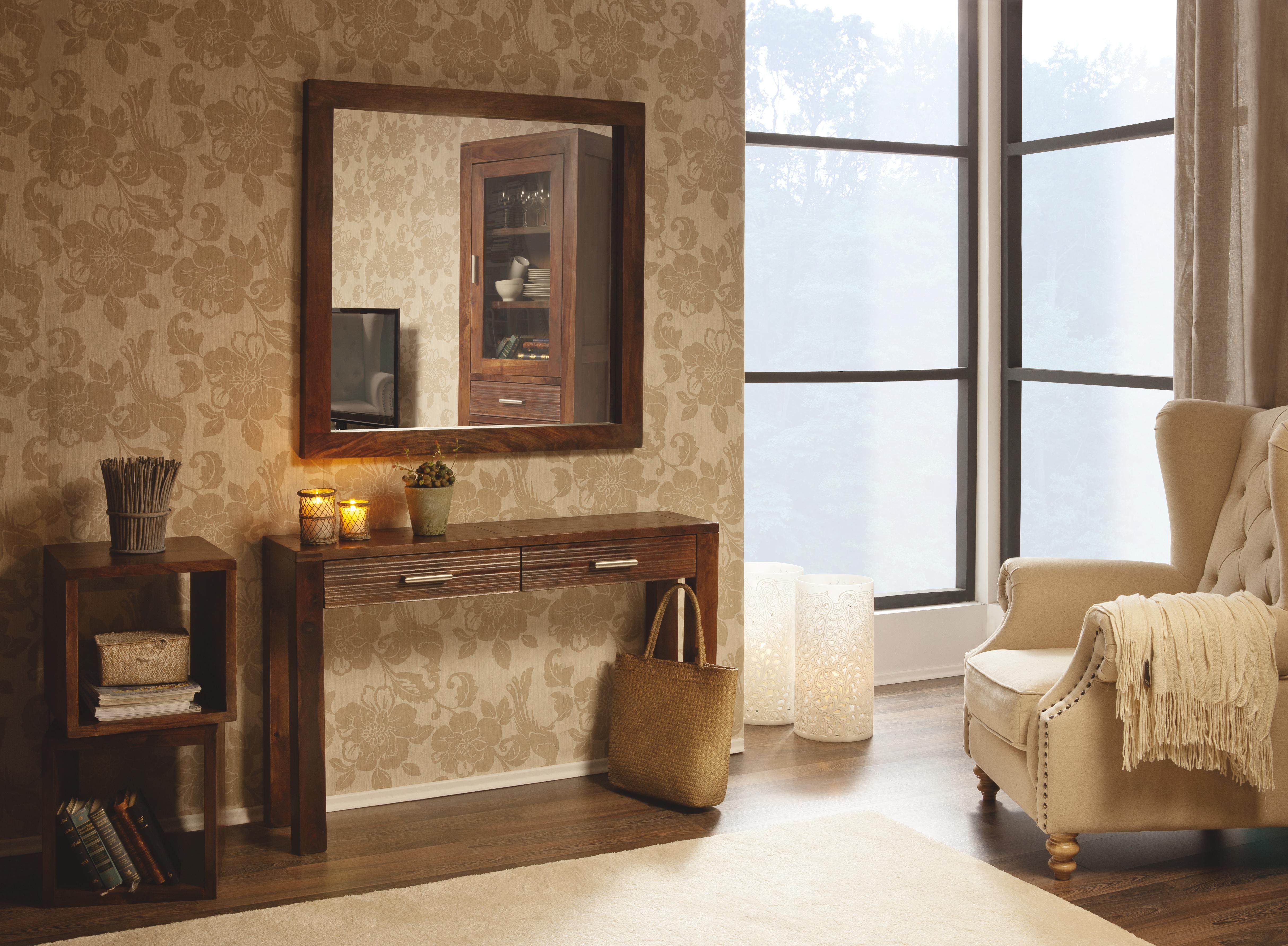 Mit Einrichtung Aus Warmem Holz In Dunklen Brauntonen Und In Cremefarben Kommen Sie Gut Durch Den Herbst Finden Sie Jetz Wohnen Einrichtung Zuhause