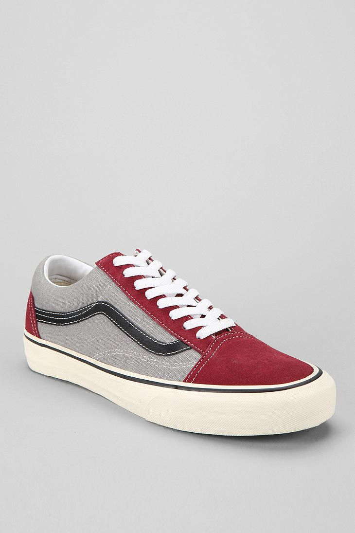 d458ff65d5 Vans Old Skool Men s Sneaker