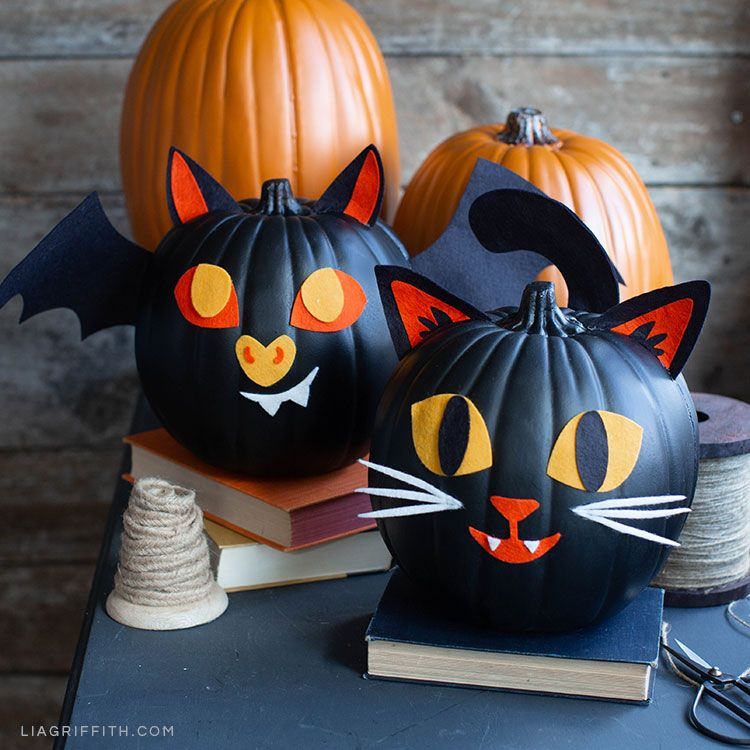 21+ Quick and Easy Halloween Décor Ideas - Lia Griffith