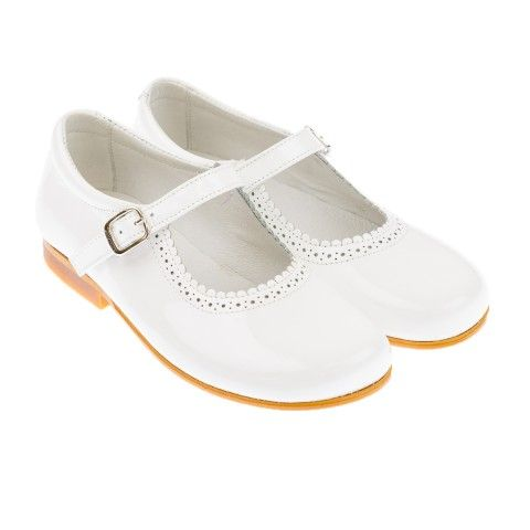 d4716f776ea4 Andanines Junior Girls Patent White Scalloped Edge Mary Jane Shoes ...