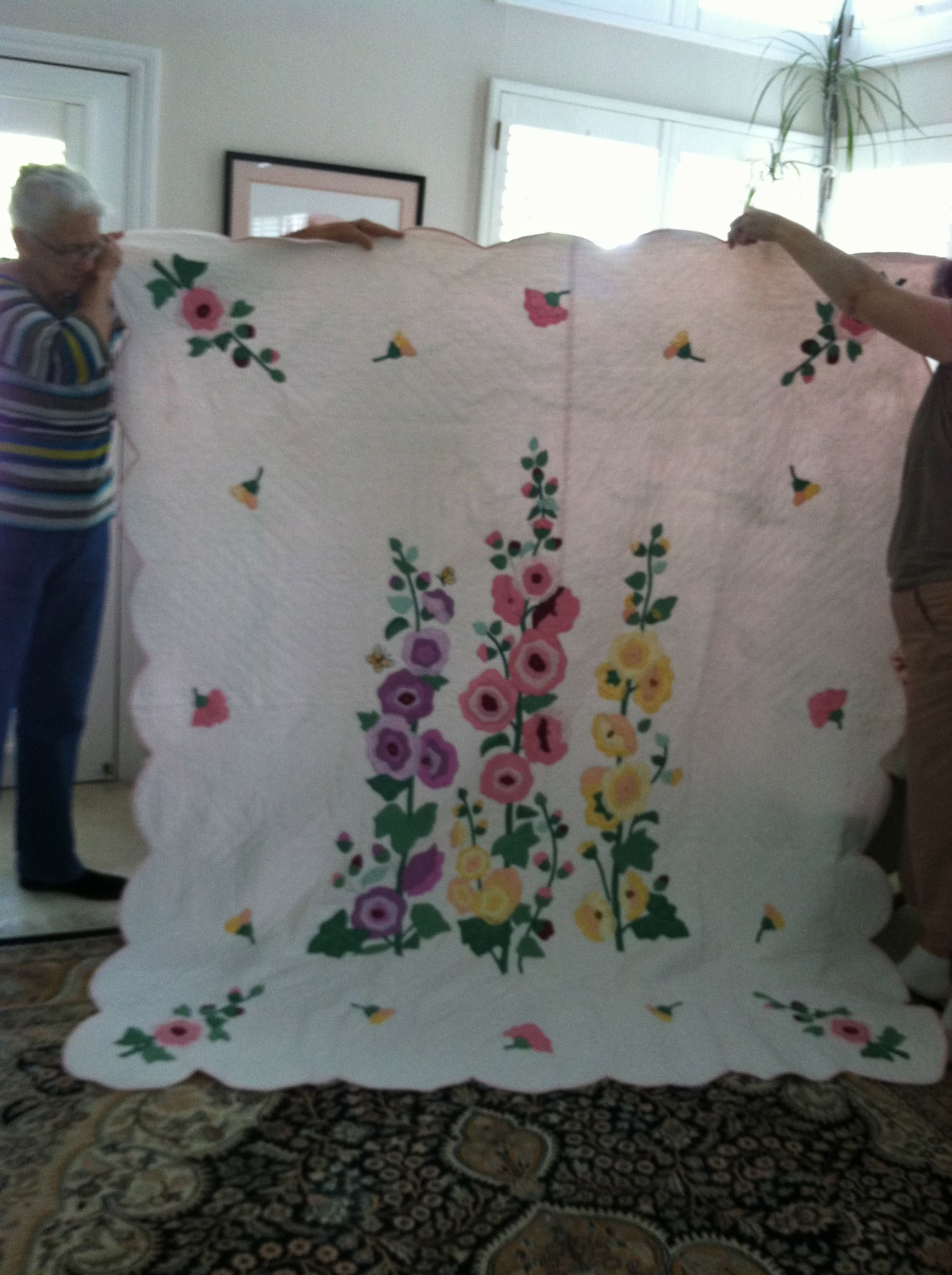 Family Auction Hollyhock Quilt Made By The Women Of Grace