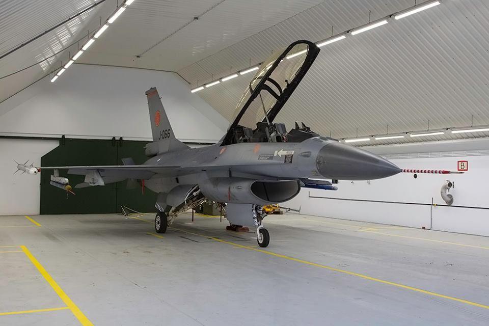 Eindhoven Air Base visit by EWAS oktober 2013  door Afterburner