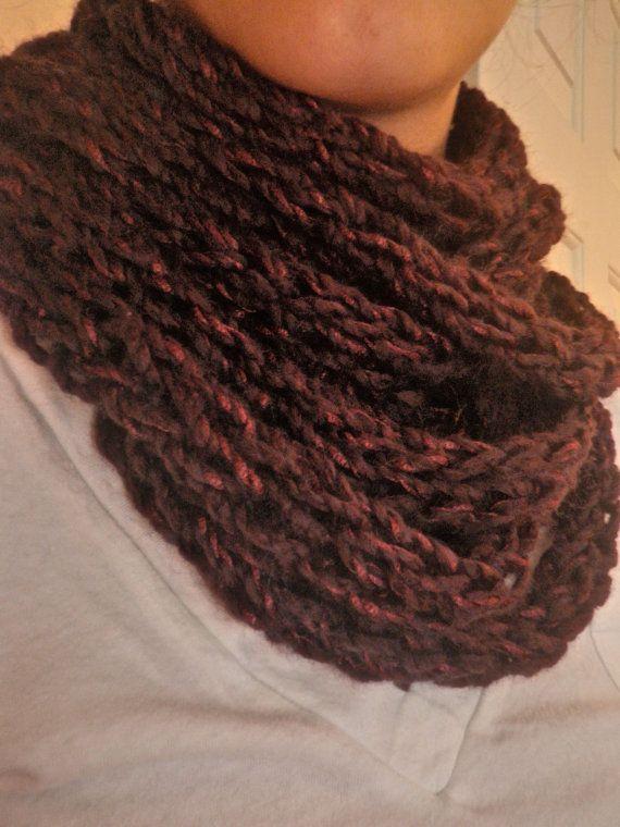 Finger Knit Infinity Scarf | Crafty | Pinterest | Strickliesel und ...