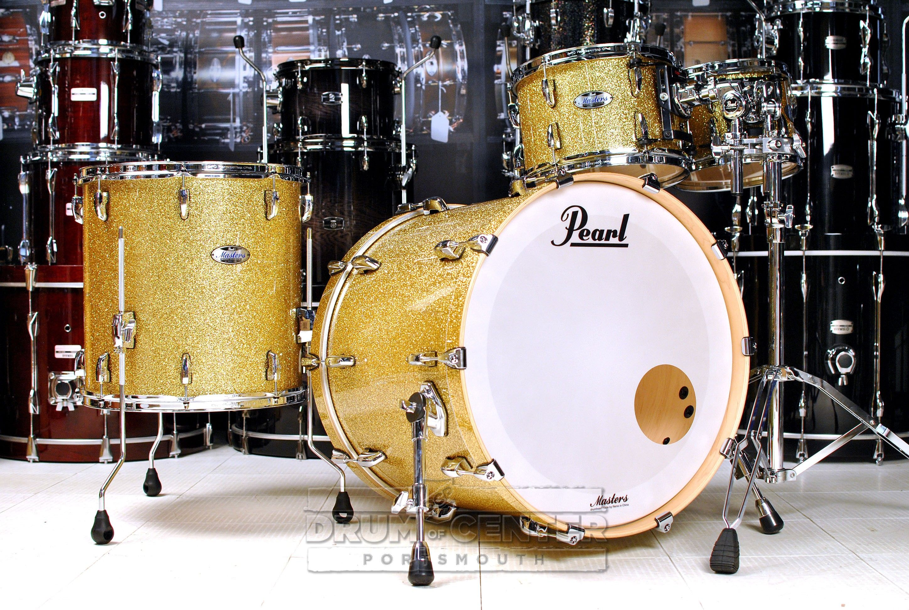 Pearl Masters Maple Complete 4pc Drum Set 22 10 12 16