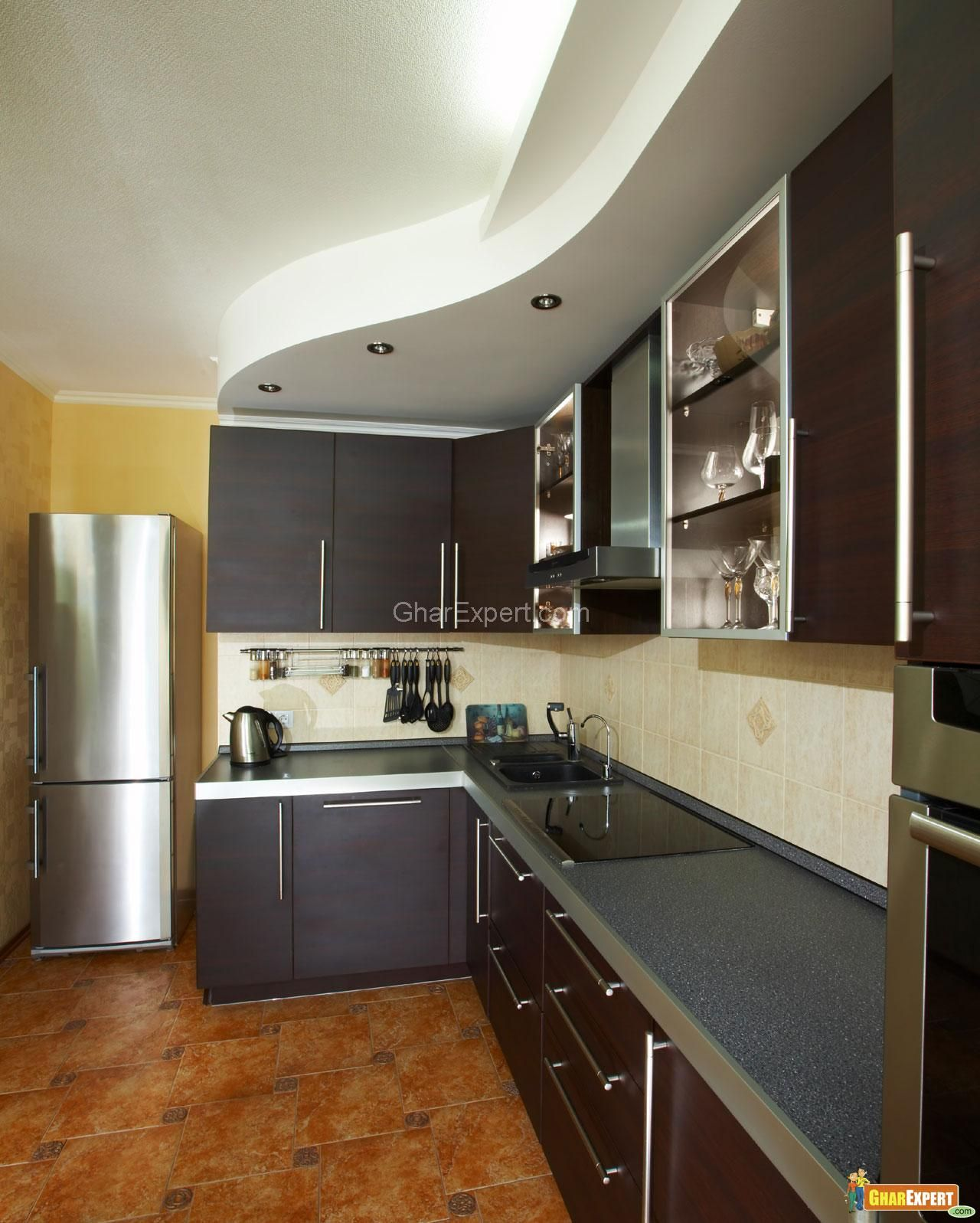 Merveilleux Modern Compact Kitchen Interior Design In Open Plan Layout With Sectional  Teak Kitchen Counter Below Wavy