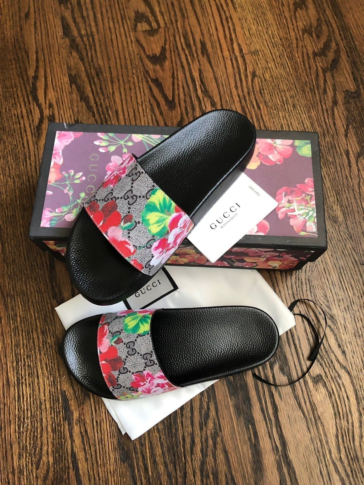 New Gucci Pursuit Bloom Slide Sandals