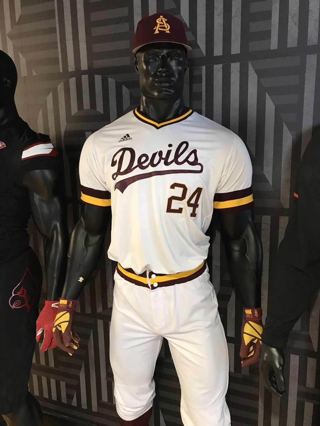 This Barry Bonds Asu Jersey Is Featured Front And Center At The Adidas Us Headquarters Shared By Asubaseball Teamadidas Jersey Asu Barry Bonds