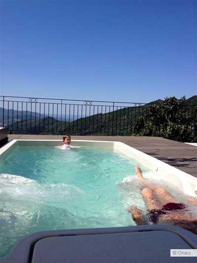 Spa de nage Onéo 300SV - Onéo AES Composites PISCINE - COULOIR DE - Gites De France Avec Piscine Interieure