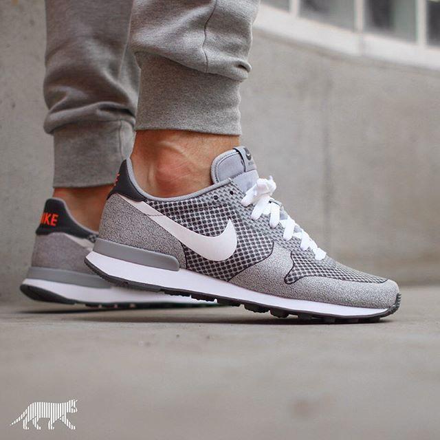 FASHION Nike Internationalist Gray