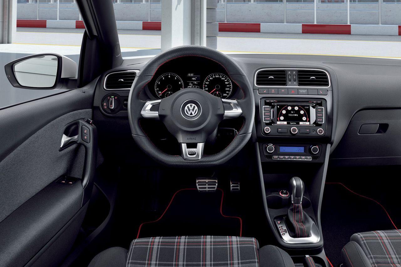 Polo GTI é lançado com preço equivalente a R  48.895 confira ... 8711561faffd0