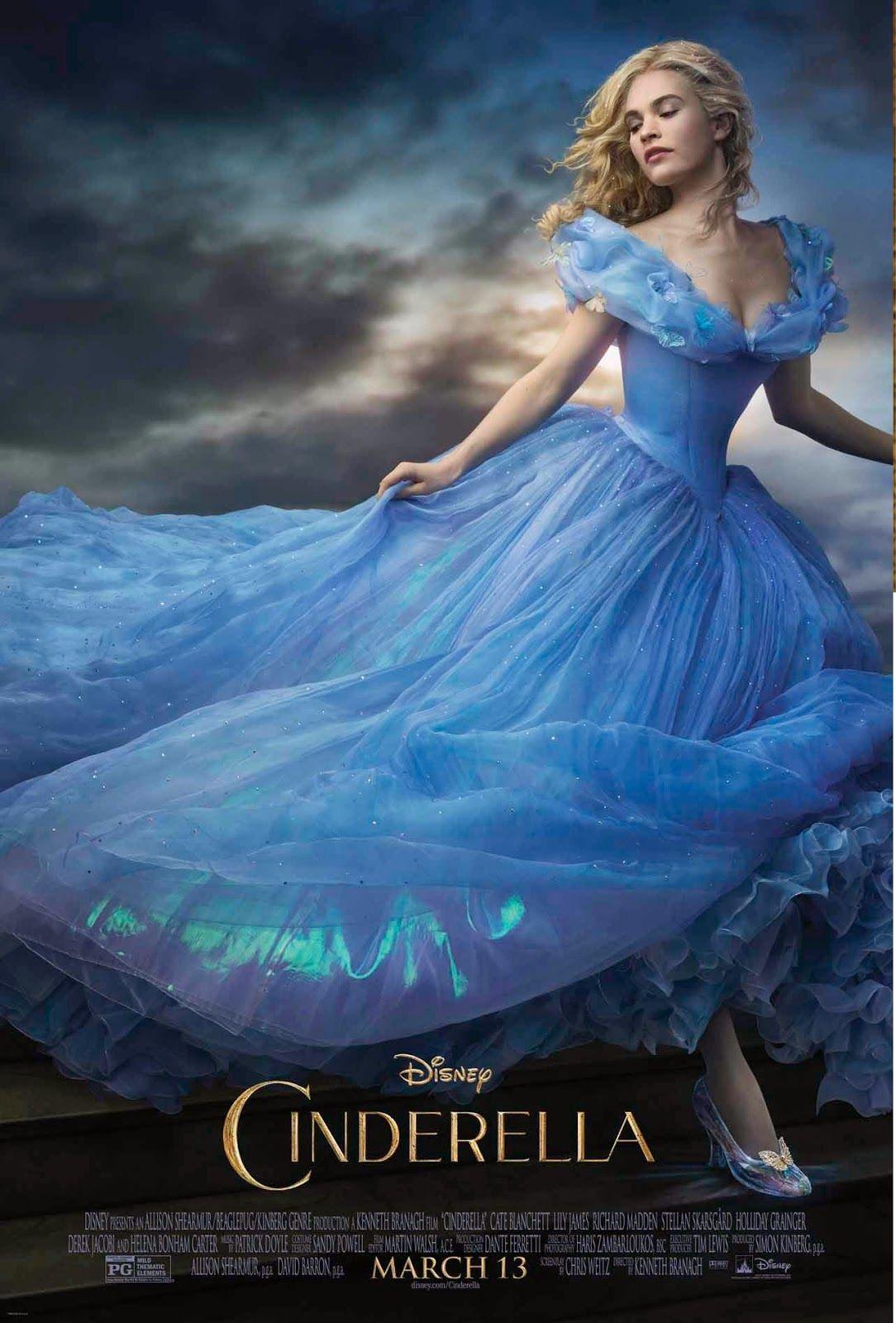 Imaginary World Sensacionales Imagenes De La Nueva Cenicienta Y Su Encantador Vestido Azul La Cenicienta Pelicula Peliculas De Disney Vestidos De Cenicienta