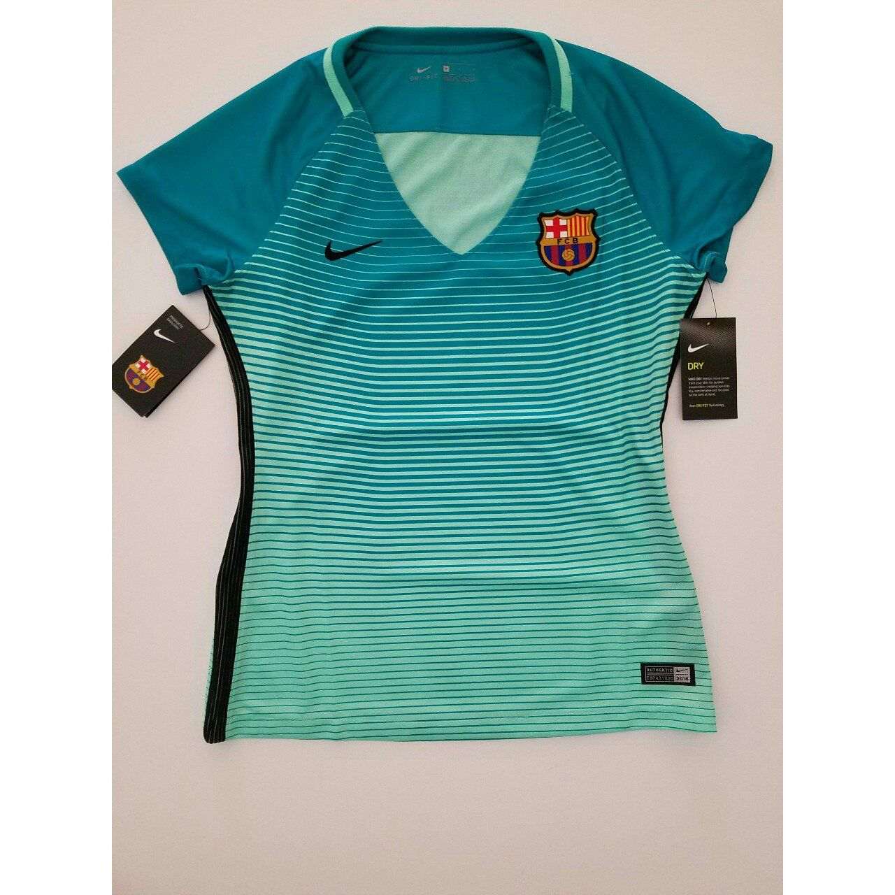78b069b0a NIKE FC BARCELONA WOMEN'S THIRD JERSEY 2016/17 NEW WITH TAGS! Mes Que Un
