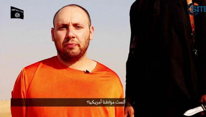 After Foley, ISIS releases video showing beheading of another US scribe Steven Sotloff Baghdad according to reports video shows militant beheading Steven Sotloff while threatening to kill a British captive. Last Updated: Tuesday, September 2, 2014