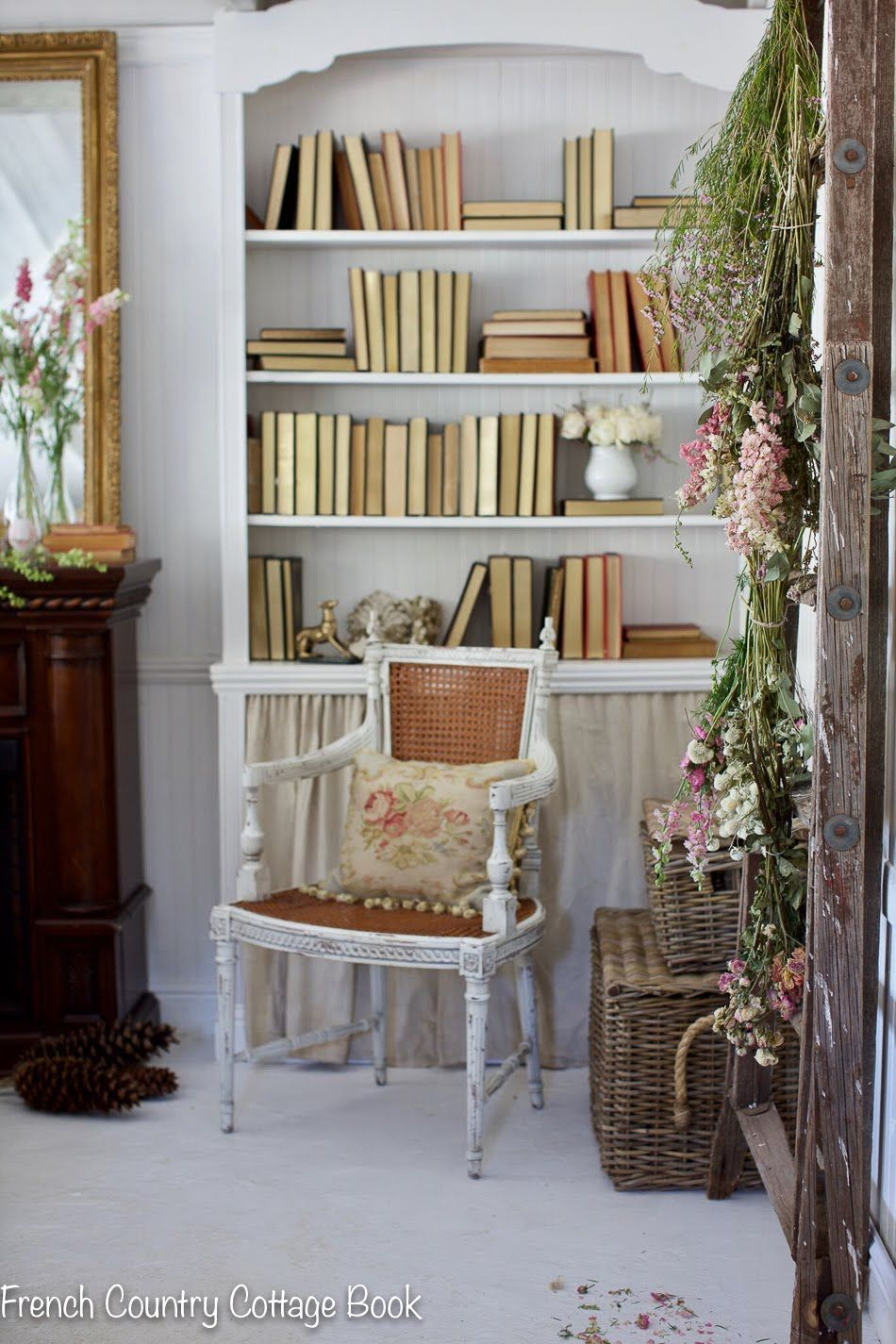 In The Little Cottage 5 Minute Spring Decorating French Country