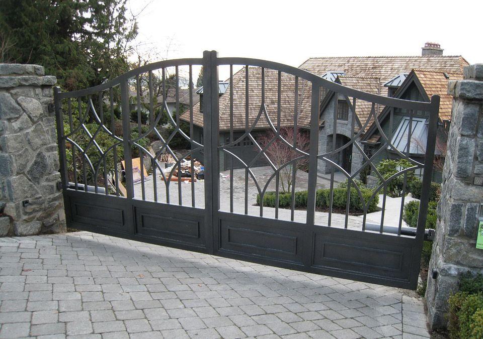 Iron Gates Vancouver   Riverside Ironworks Canada Inc.