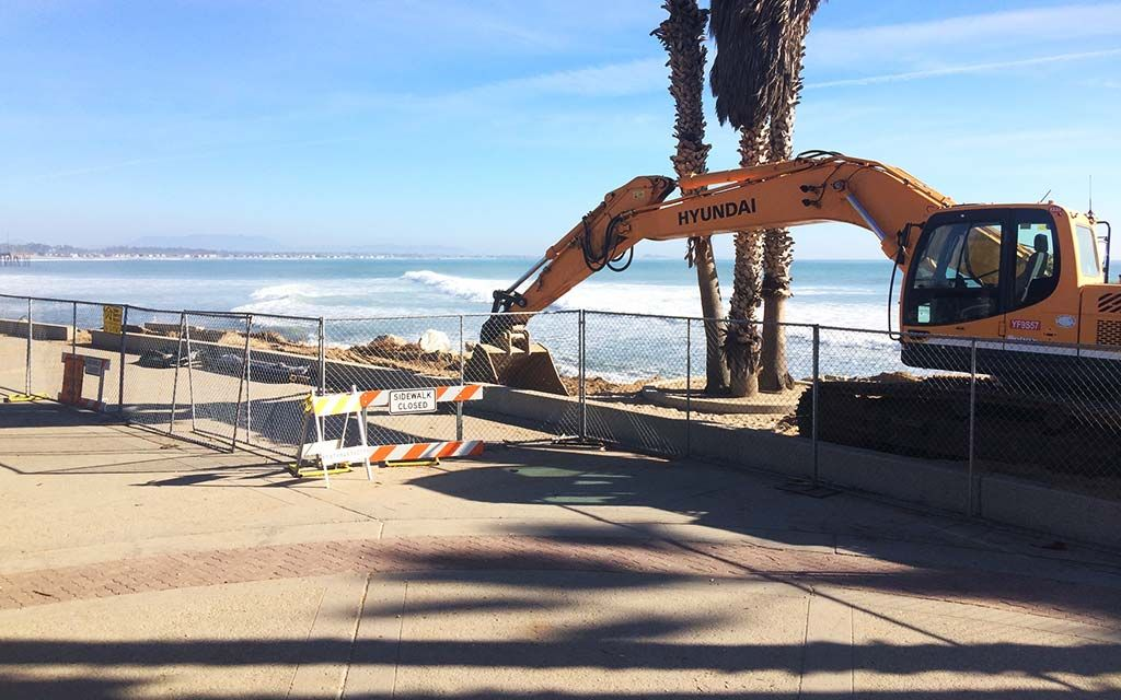 Construction freestanding fence panel rental in ventura