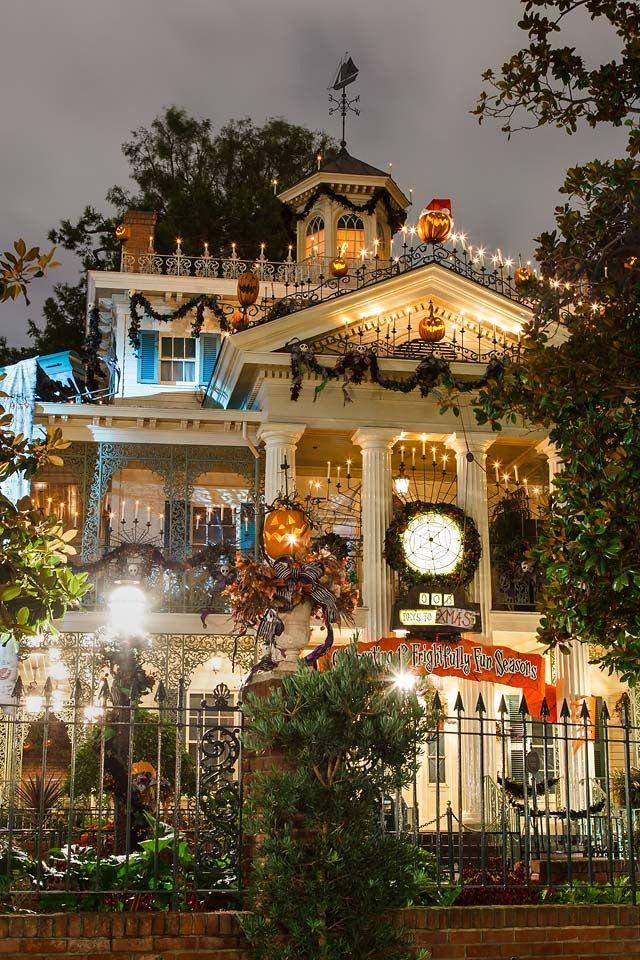 Haunted Mansion at Halloween Disney Halloween Pinterest