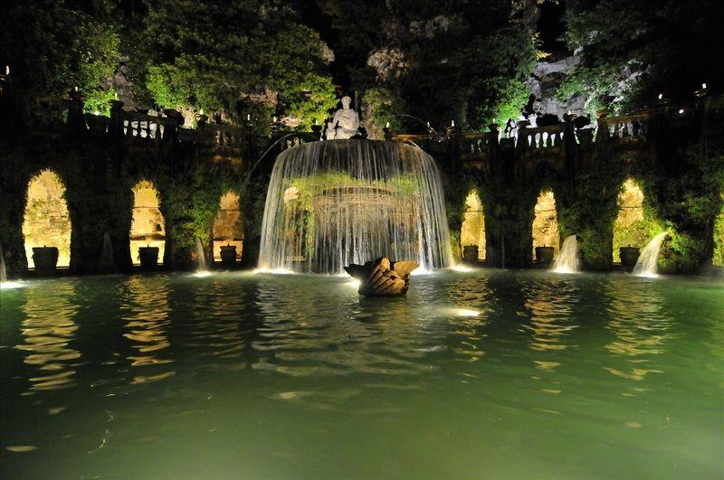 La Fontana dell\'Ovato (Fuente Oval) en Villa del\'Est, cerca de Roma ...