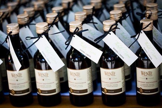 Wine Wedding Favors that\'s my kinda wedding :)   Ryan & ash\'s ...