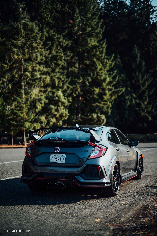 The 2017 Honda Civic Type R Is Energetic Radical Perfect Honda Civic Type R Honda Civic Honda Civic Vtec