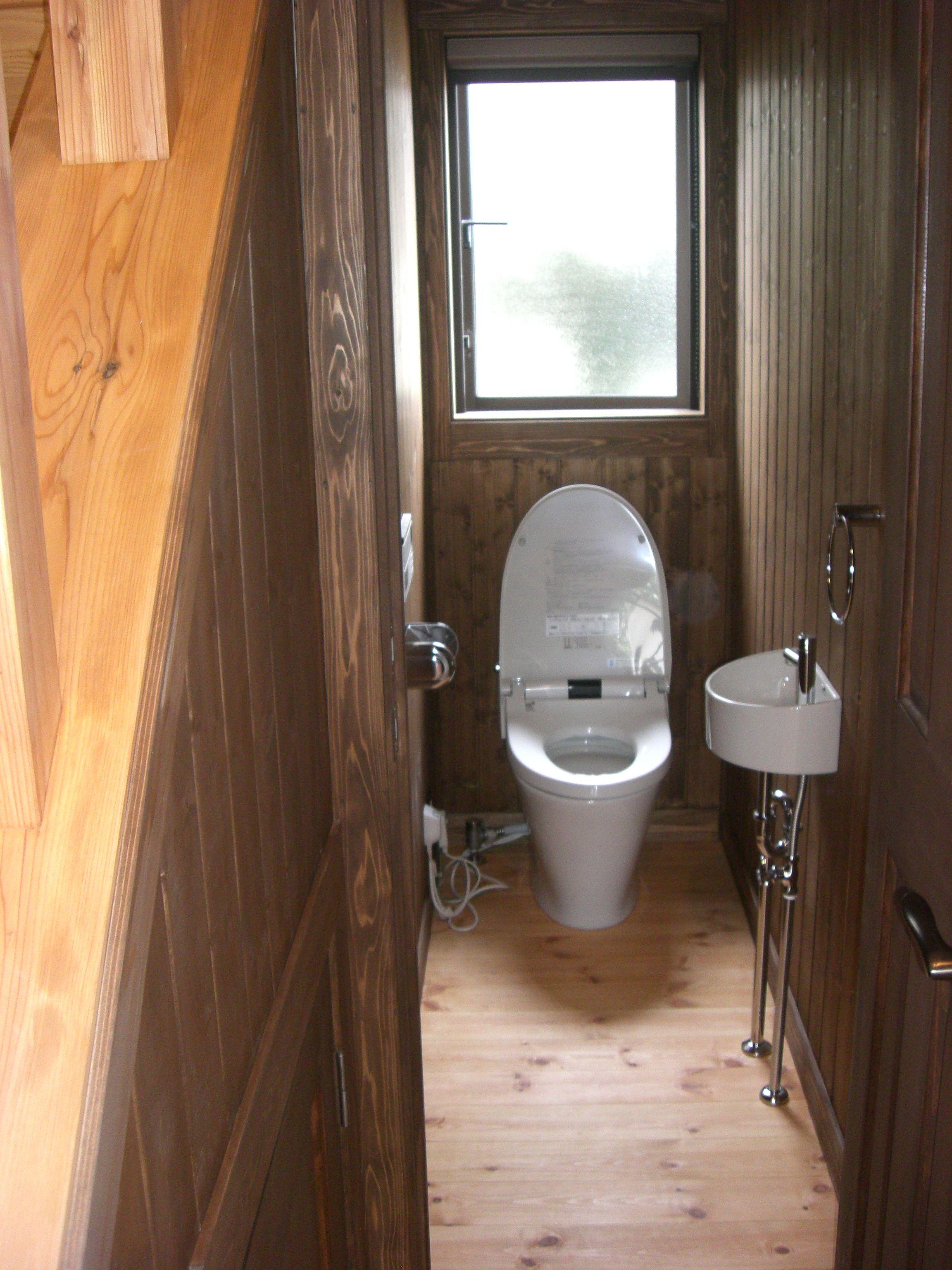 lixilタンクレス 狭小手洗 トイレ おしゃれ トイレ インテリア