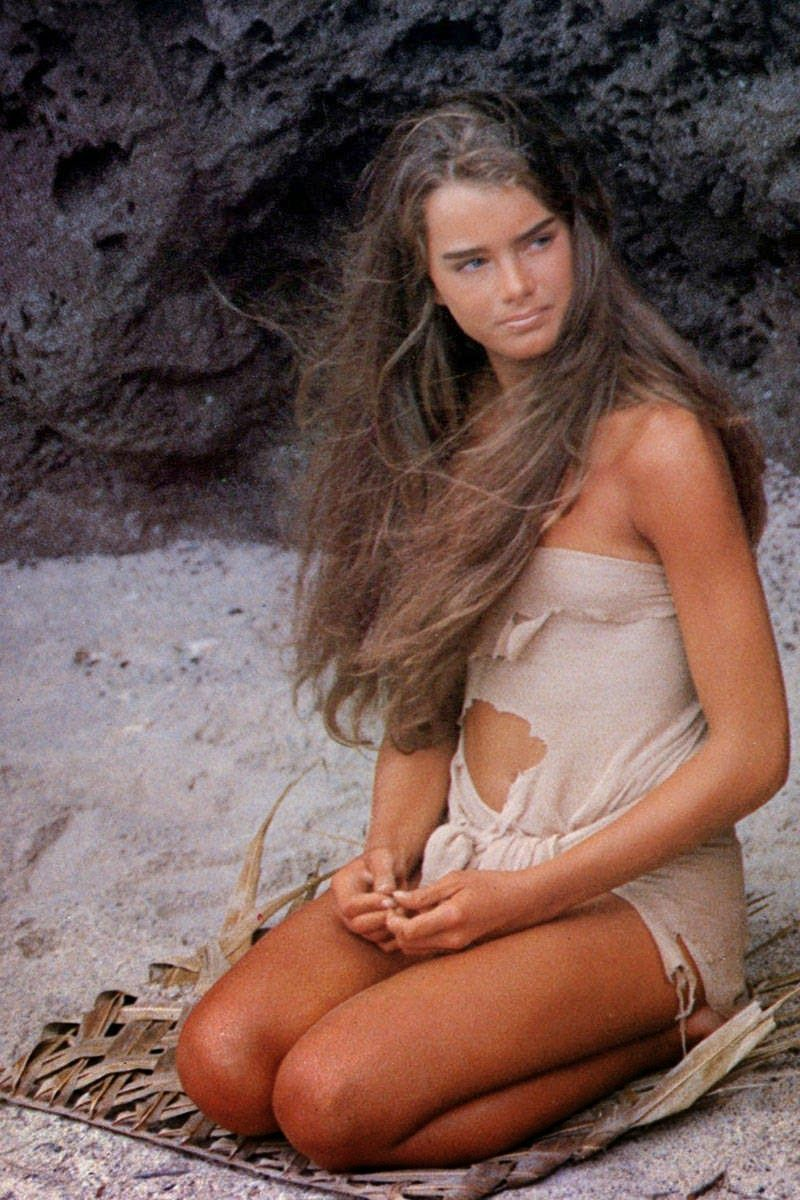 Brooke shields young naked bath controversy Brooke Shields's high-flying act in never-before-seen ...