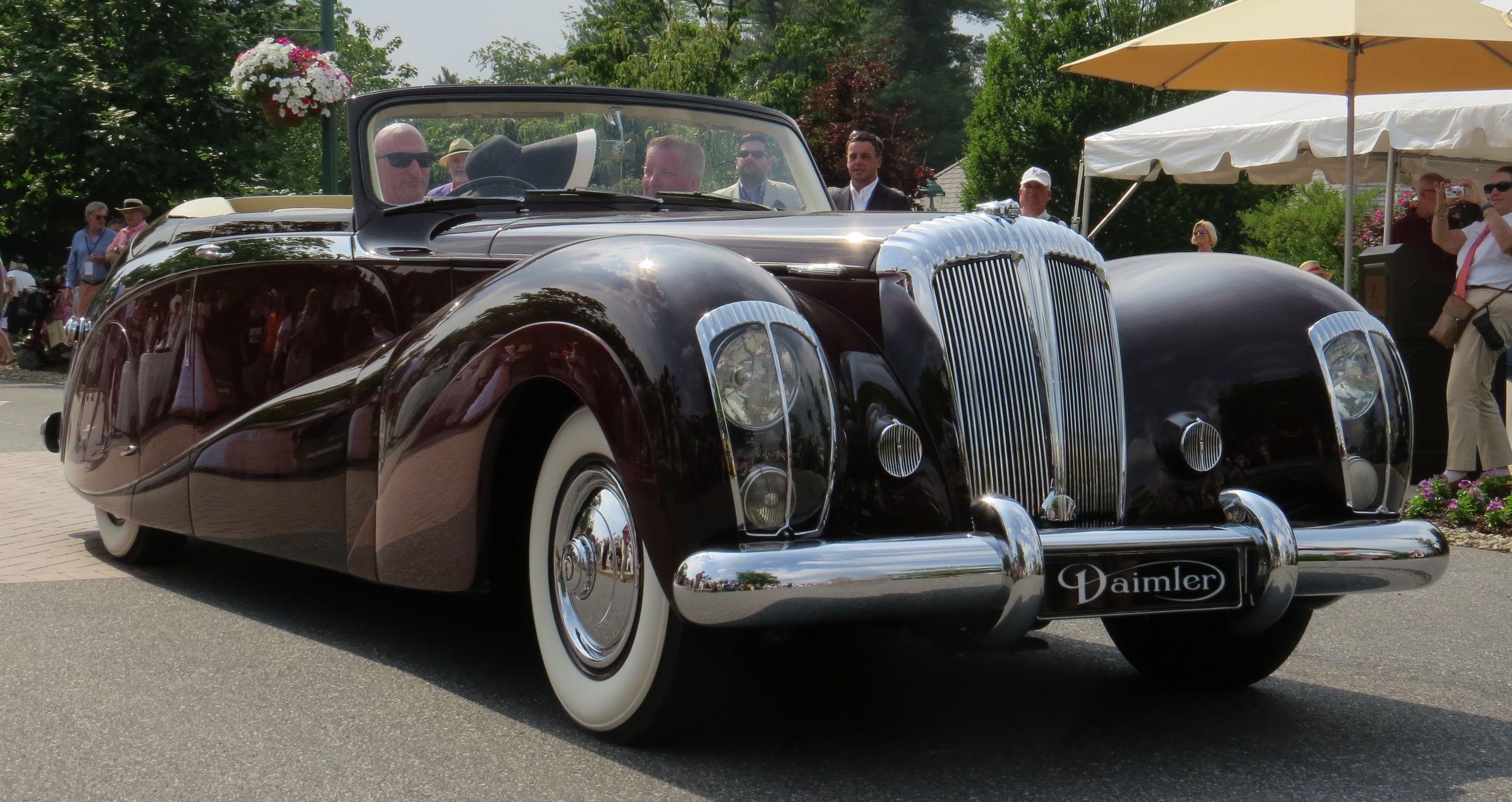 1948 Daimler DE-36 \'Green Goddess\' takes Best | Green goddess, Cars ...