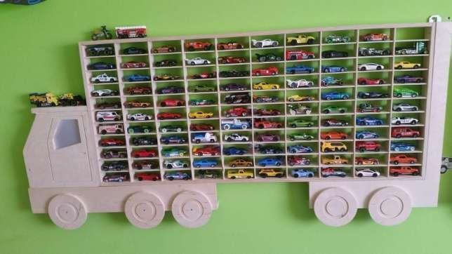 260 Zl Polka Na Samochody Resoraki Na 110 Szt Hot Wheels Nowosc Na Rynku Polskiej Produkcji Hot Wheels Display Case Hot Wheels Display Kids Bedroom Design