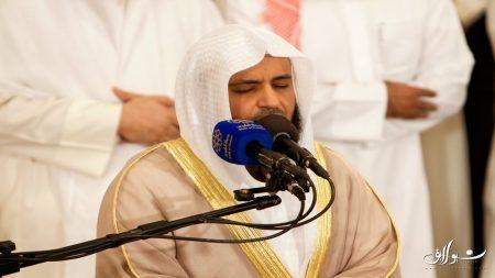 تلاوة خاشعة من سورة الكهف بالمسجد الكبير 1426 هـ مشاري العفاسي Hd Youtube Headphones Headset