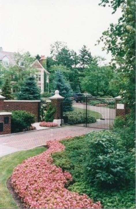 121 N Green Bay Rd, Lake Forest, IL 60045 is For Sale - Zillow | 11,000 sf | 7 bed 11.5 bath | 1.89 acres | built 1998 | exquisite plaster and wood moldings | hot water radiant heat on all floors | Smart House technology | 3,995,000 USD