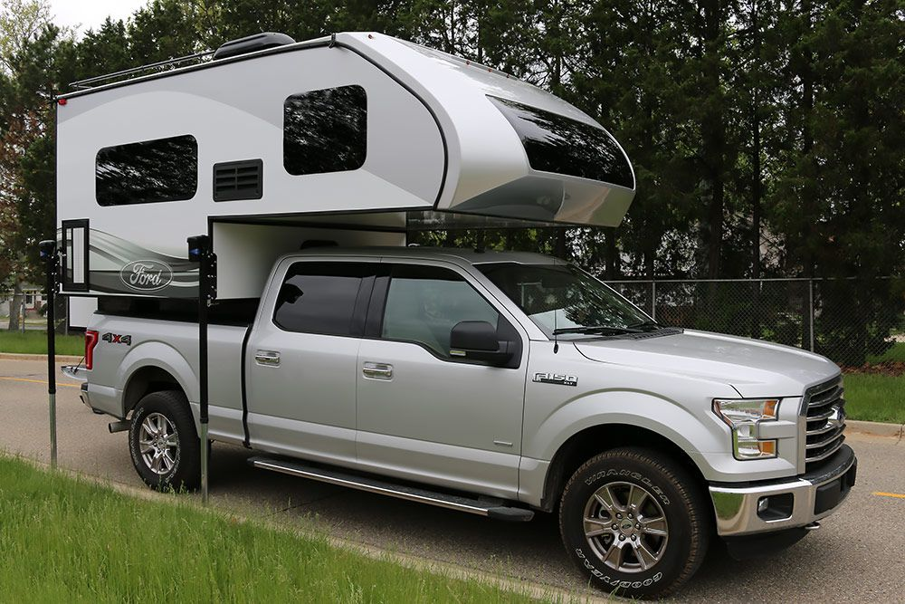 2016 Ford 8.6 and 6.8 Truck Campers Lightweight truck