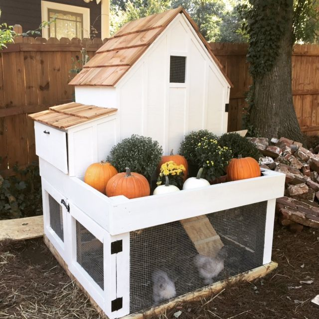 Do It Yourself House Plans: Farmhouse Style Chicken Coop! DIY Plans My City Farm