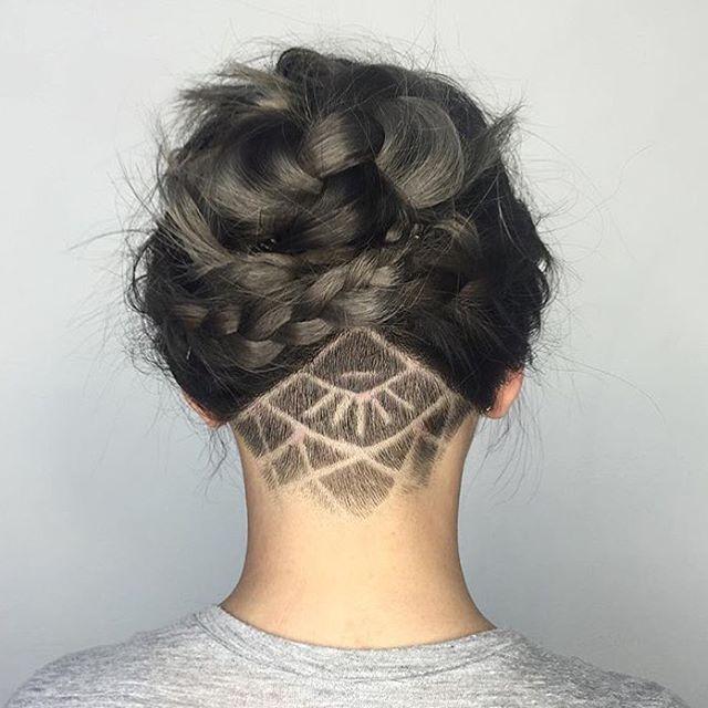 Épinglé sur undercut tattoo