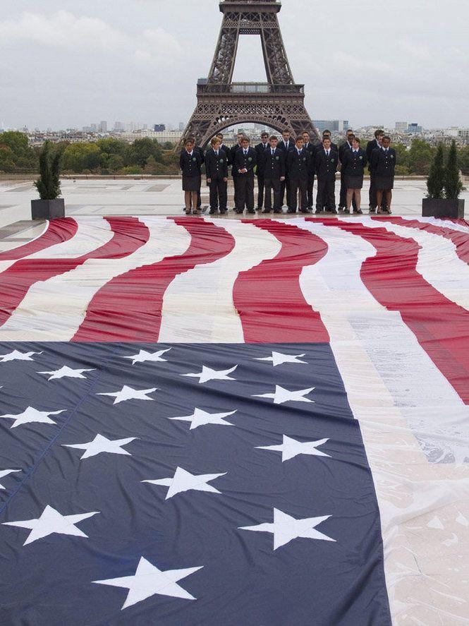 9-11 tribute in Paris, France
