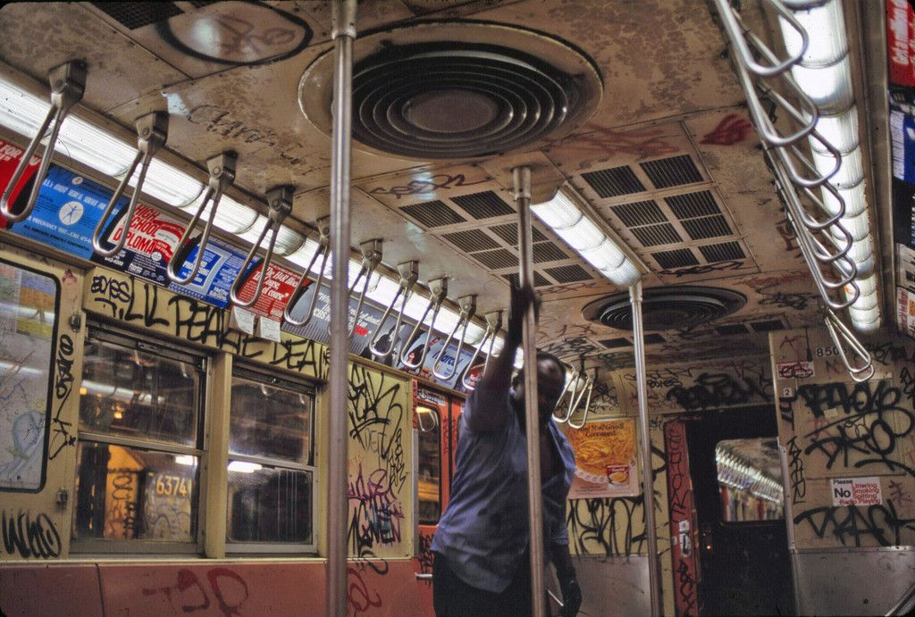 how to catch the subway in new york