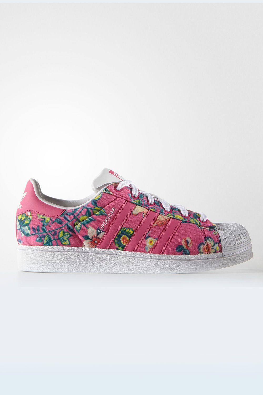 Tênis Adidas Farm Superstar Jardineto - BabadoTop  26ab80b148335