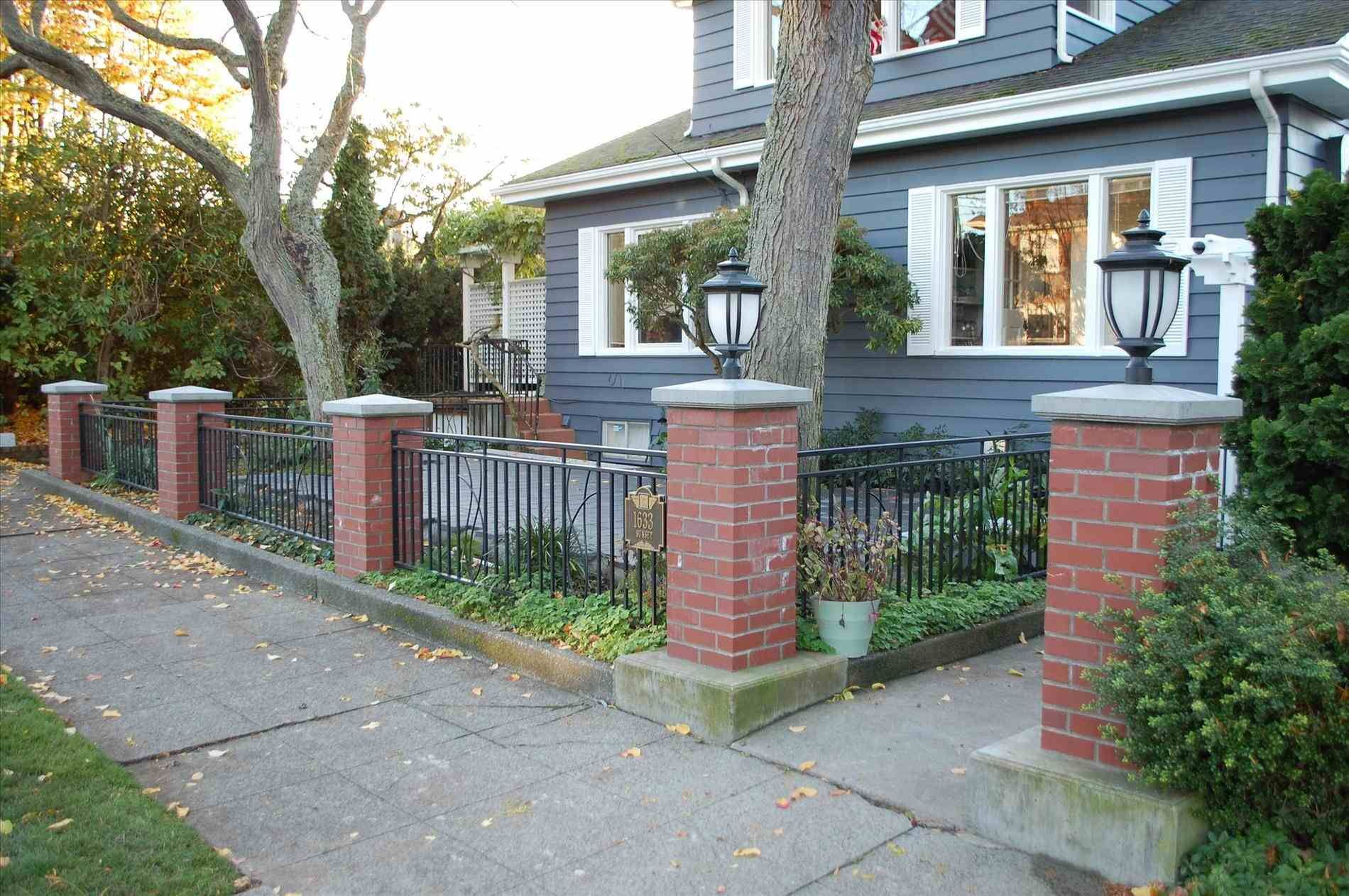 Front Yard Fence Pictures Patio Fence Brick Fence Garden Wall Designs