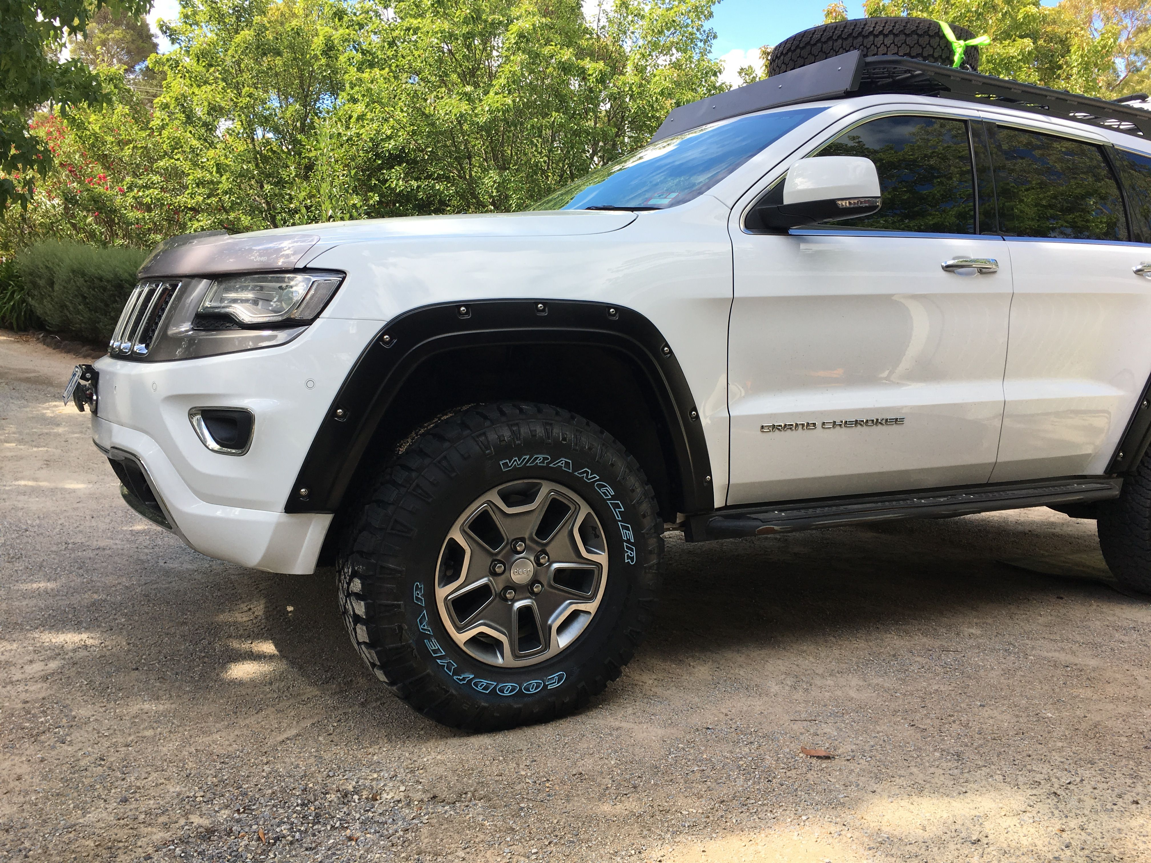 Pin By Shane Schipporeit On Jeep Grand Cherokee Jeep Grand Cherokee Jeep Cherokee Jeep Wrangler Unlimited